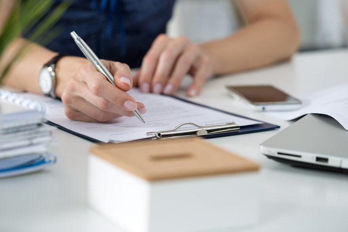 reducir las cargas administrativas